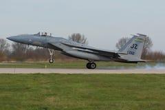 在弗里斯兰省人旗子锻炼期间的美国空军F-15老鹰 免版税库存照片