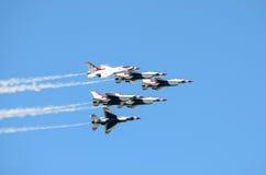 在形成的美国空军雷鸟 库存照片