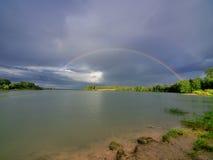 在彩虹二的湖 免版税库存照片