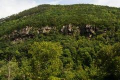 在彩虹峡谷的岩石露出 免版税库存图片