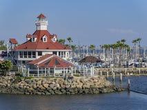 在彩虹港口附近的美好的场面 库存图片