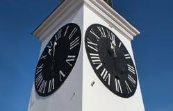 在彼得罗瓦拉丁堡垒的尖沙咀钟楼,诺维萨德,塞尔维亚 免版税库存照片