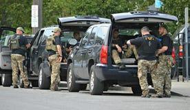在待命者的特警队在2016个RNC期间在克利夫兰俄亥俄 库存图片
