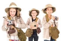在徒步旅行队衣裳的孩子 免版税图库摄影