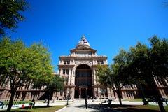 在得克萨斯前面状态国会大厦的视图  库存图片