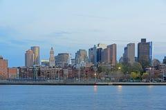 在微明,马萨诸塞,美国的波士顿地平线 库存照片