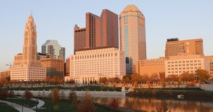 在微明4K的哥伦布,俄亥俄地平线 股票录像
