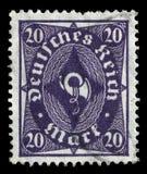 在德国打印的邮票显示驿车号 库存图片