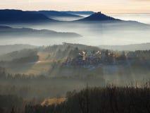 在德国的兹瓦本地方白长袍的神秘的片刻 库存图片