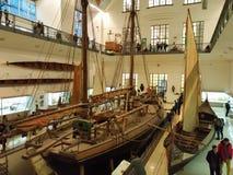 在德意志博物馆的老小船,世界` s最大科学技术在慕尼黑 免版税图库摄影