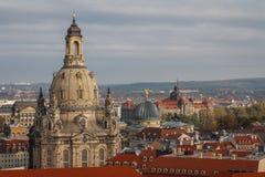 在德累斯顿Frauenkirche -我们的夫人教会老镇的一个看法  免版税库存照片