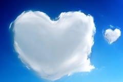 在心脏形状的云彩 库存照片