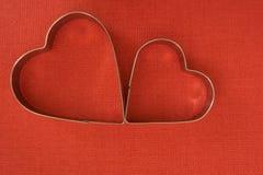 在心脏形状的烘烤盘 库存图片