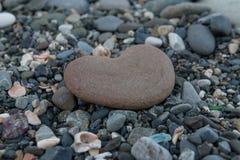 在心脏形状的石头  库存照片