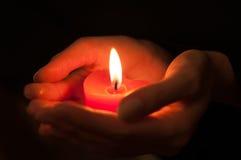在心脏形状的蜡烛 免版税图库摄影