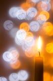 在心脏的蜡烛塑造背景 免版税库存照片