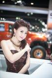 在性感的礼服在第35个曼谷国际汽车展示会,在驱动的概念秀丽的Unknow模型2014年3月27日在曼谷, 库存图片