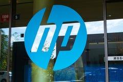 在总部修造的惠普公司商标 图库摄影