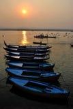 在恒河的日出在瓦腊纳西 图库摄影