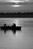在恒河,印度的永恒的小船乘驾 免版税库存照片