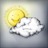 在恼怒的雨云后的笑的太阳 库存照片