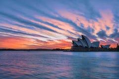 在悉尼歌剧院悉尼澳大利亚的日出 库存图片