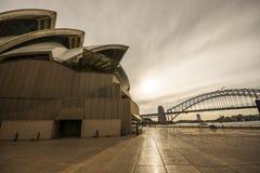 在悉尼歌剧院,澳大利亚的黄昏 库存照片