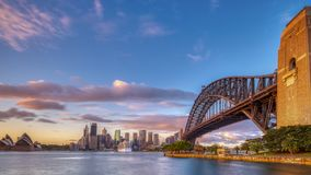 在悉尼港口的日出从Milsons点,NSW,澳大利亚 库存照片