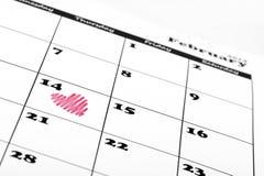 在情人节日历的重点形状 免版税库存照片