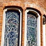 在意大利欧洲大理石和圆花窗的古色古香的contruction w 免版税图库摄影