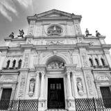 在意大利欧洲米兰宗教的外部老建筑学 免版税库存图片