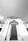 在意大利欧洲米兰宗教的外部老建筑学 库存照片