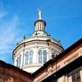 在意大利欧洲米兰宗教的外部老建筑学 图库摄影