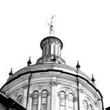 在意大利欧洲米兰宗教的外部老建筑学 免版税图库摄影