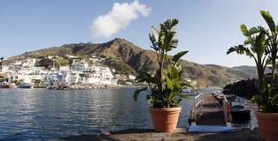 在意大利波西塔诺海岸的阿马飞老镇地标 免版税库存图片