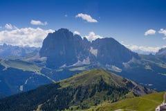 在意大利白云岩的Sassolungo峰顶 免版税库存图片