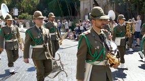 在意大利语国庆节的军事游行 股票录像