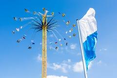 在慕尼黑啤酒节的巨大的Chairoplane在慕尼黑 库存照片