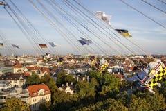 在慕尼黑啤酒节的Chairoplane乘驾在慕尼黑,德国, 2016年 库存图片