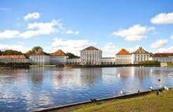 在慕尼黑附近的Nymphenburg城堡 免版税库存图片