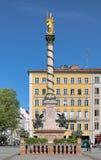 在慕尼黑,德国Marienplatz广场的玛丽亚专栏  库存照片