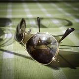 在懒惰下午的太阳镜 库存图片