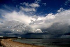 在戈尔韦海湾的风暴 免版税库存图片