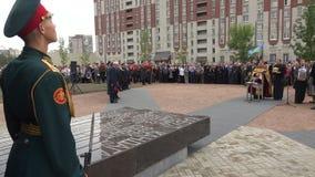 在战争纪念建筑的仪仗队 4K 影视素材