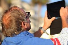 在戛纳电影节期间的旁观者2013年 免版税库存照片