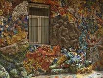 在房子的墙壁上的马赛克 免版税库存图片