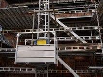 在房屋建设的绞刑台在整修下 库存照片