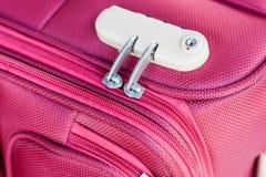 在手提箱旅行袋子的号码锁 库存图片