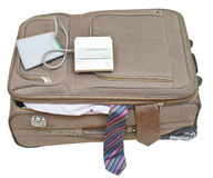 在手提箱的血压计有男性领带的 免版税库存照片
