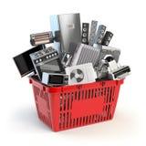 在手提篮的厨房器具 网上电子商务概念 免版税图库摄影